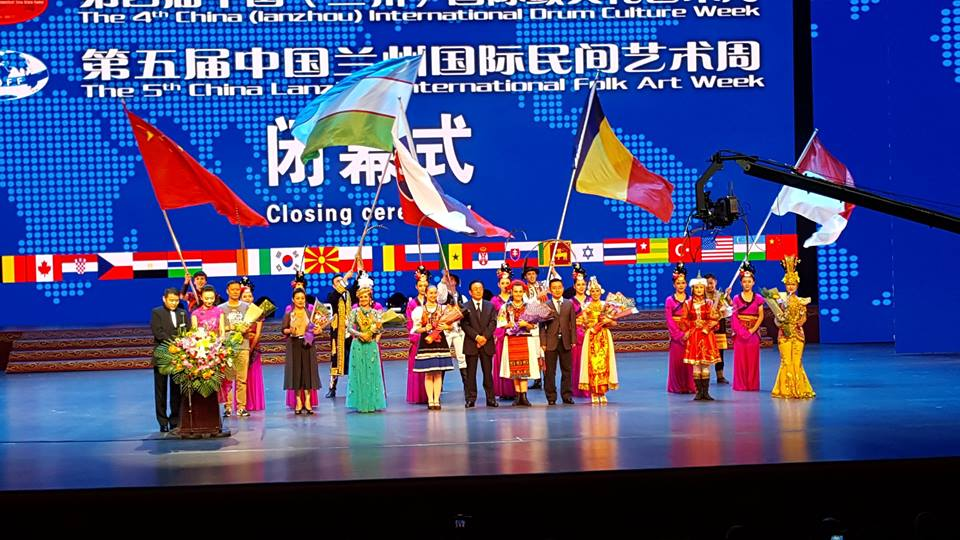 Ansamblul Folcloric Sinca Noua participand la LANZHOU INTERNATIONAL DRUM FESTIVAL OF CHINA
